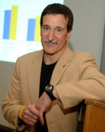 Kinesiology professor Mark Grabiner