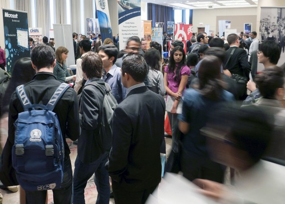 Students gathered at the UIC Career Fair