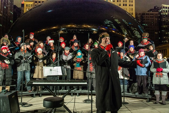 Chicago's Apollo Chorus carols at Cloud Gate