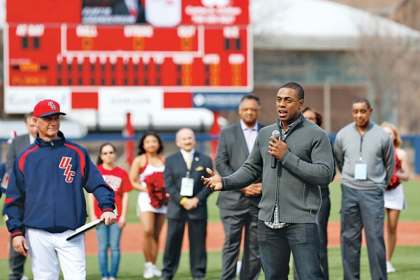Curtis Granderson speaks at ribbon cutting