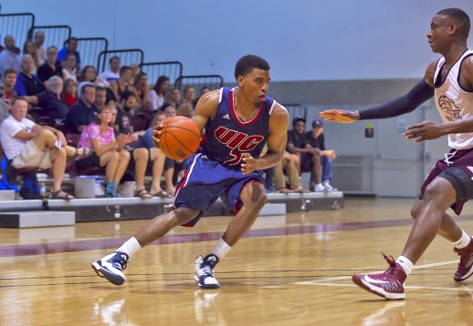 University of Illinois - Chicago Flames vs. University of Ottawa Gee-Gees during CIS / NCAA exhibition basketball action at Montpetit Hall in Ottawa, Ontario, Canada, 13 August, 2014. Photo by Richard A. Whittaker. Photo: Richard A. Whittaker
