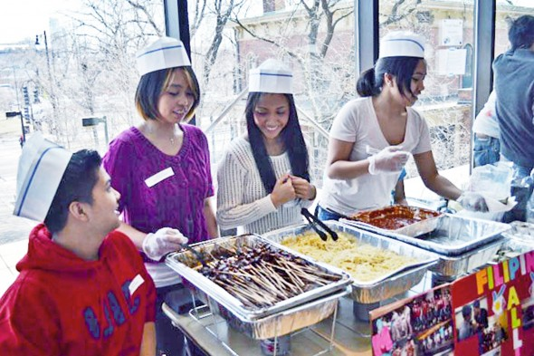 Filipino students at the Taste of UIC
