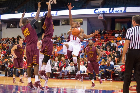 UIC Flames men's basketball vs Loyola. 11 Paris Burns