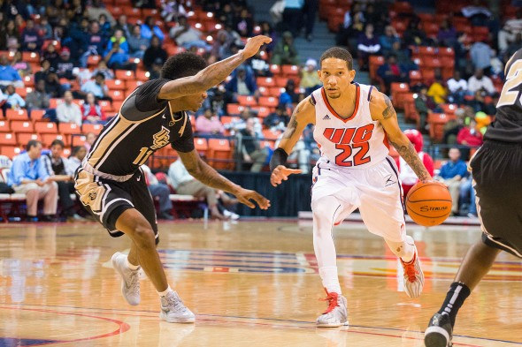UIC Flames men's basketball vs UCF. Jay Harris