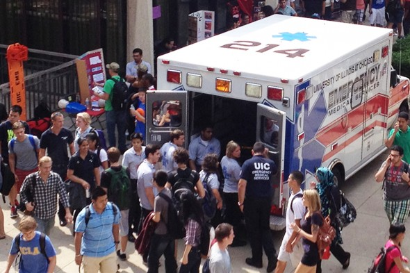 UIC student EMTs introduce the campus to its new ambulance. Photo: Oliver Boryszewski/UIC EMS