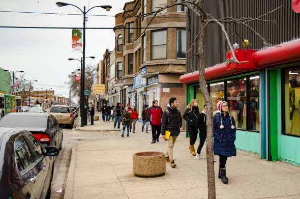 Students tour South Chicago as part of competition to envision how a neighborhood can revitalize itself. Photo by Andrew Mateja.