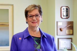 Four UIC leaders named 'Notable Women in Health Care'